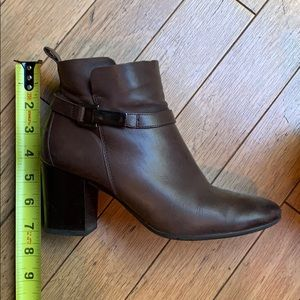 """3"""" Paul Green Kathy Boots - some water stains"""